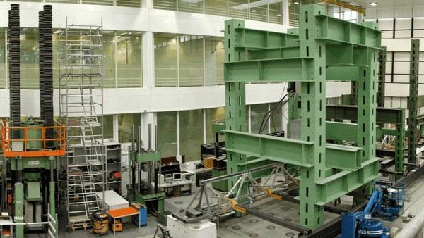 Mehr Informationen zum Bachelorstudium Bauingenieurwesen und Umweltwissenschaften