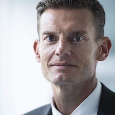 Prof. Dr. oec. publ. Carsten Rennhak