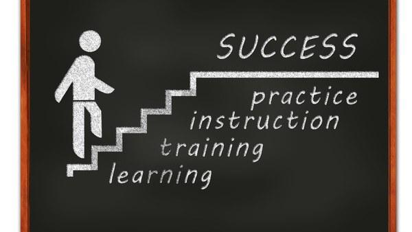 Mit dem Modul- bzw. Zertifikatsstudium im Bereich Systems Engineering  Hochschulzertifikate erwerben