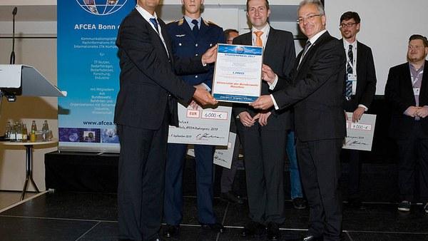 Student Marcel Antzek erhält AFCEA Studienpreis 2017