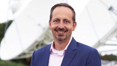 Portraitbild Univ.-Prof. Dr.-Ing. Andreas Knopp