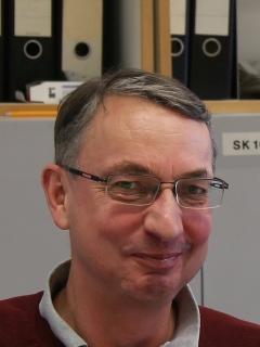Prof.-Heidler_240x320.JPG