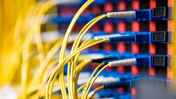 Institut 3 für Nachrichtentechnik und Datenübertragungstechnik