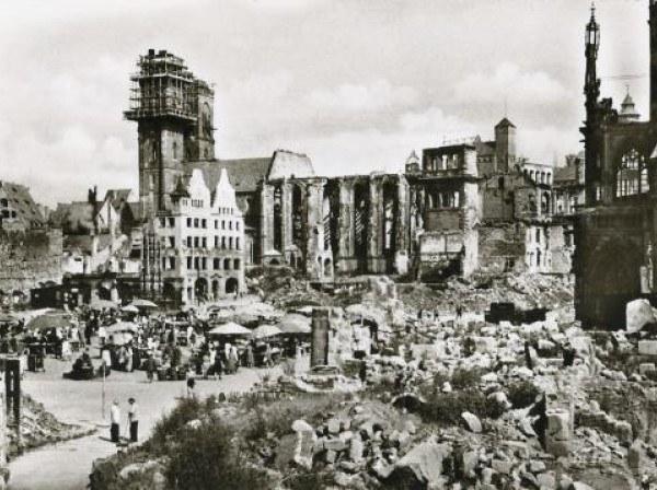 Nürnberg April 1945_600.jpg