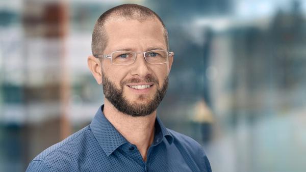 Prof. Tobias Dickhut