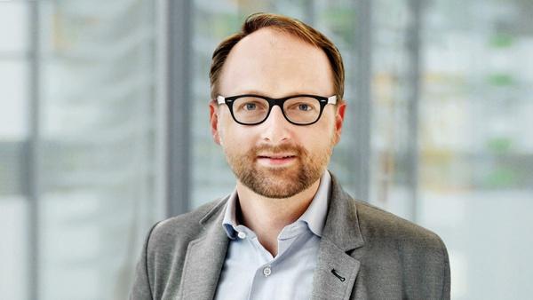 Prof. Eric Jägle