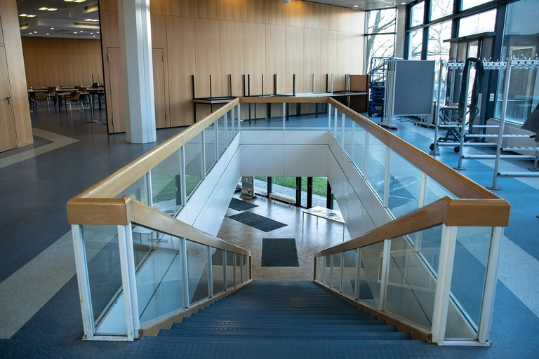 Treppenaufgang Geb. 30