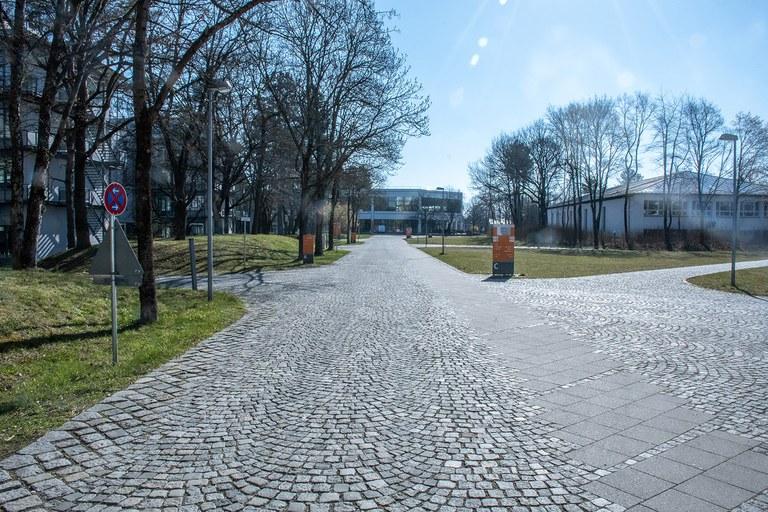 Campusweg zur Mensa/Brandl