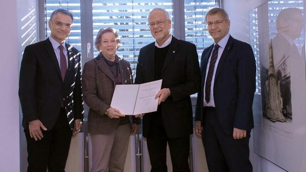 Prof. Norbert Gebbeken wird Exzellenter Emeritus der Universität