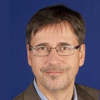 Univ.-Prof. Dr. phil. Burkhard Schäffer