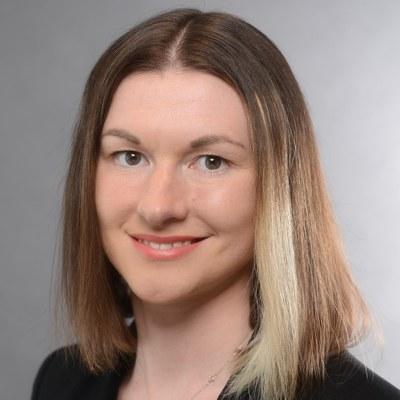 Dr. des. Olga Lantukhova