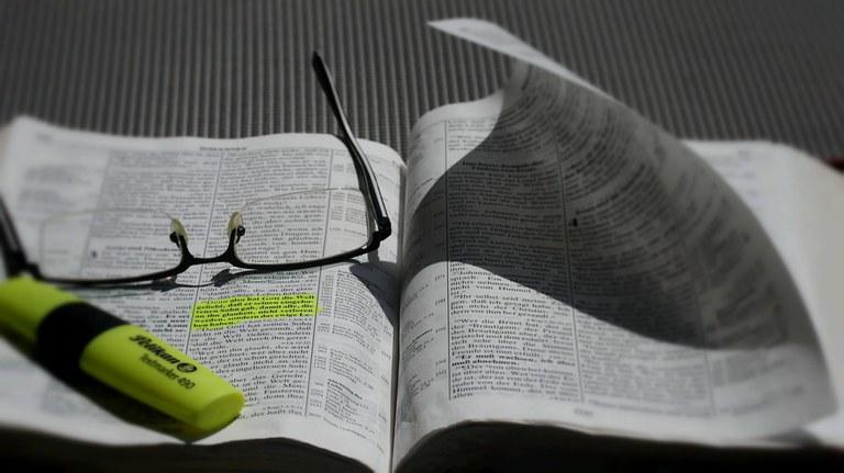 bible-839093_960_720.jpg