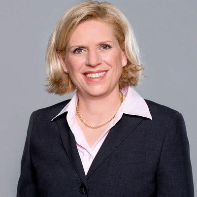 Univ.-Prof.'in Dr. Bettina Schaar