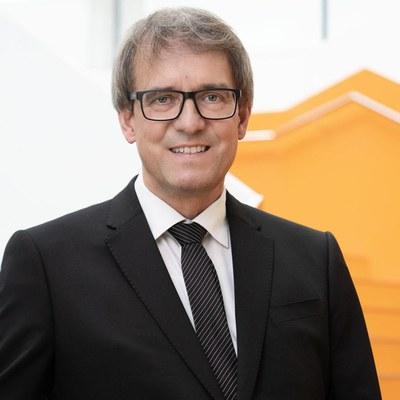 Univ.-Prof. Dr. Stefan Pickl