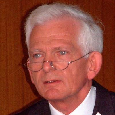 Prof. Dr. Axel Lehmann