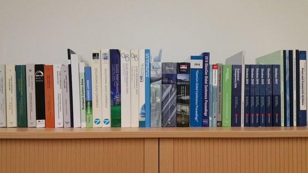 Veröffentlichungen Baukonstruktion und Bauphysik - Glasbau