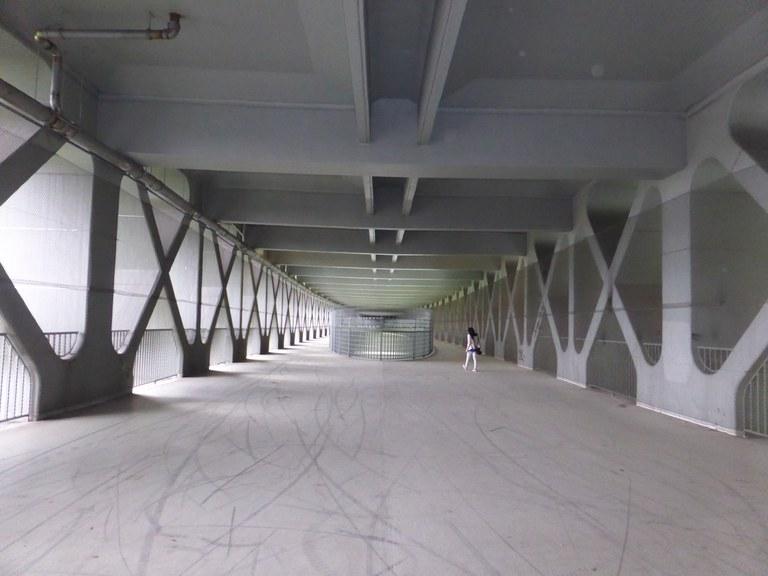 Mangfallbrücke innen