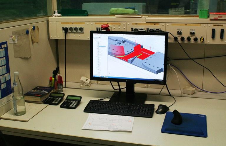 WZL_CAD_Arbeitsplatz.jpg