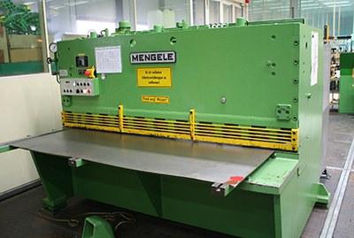WZL_Blechschneidemaschine_400.jpg