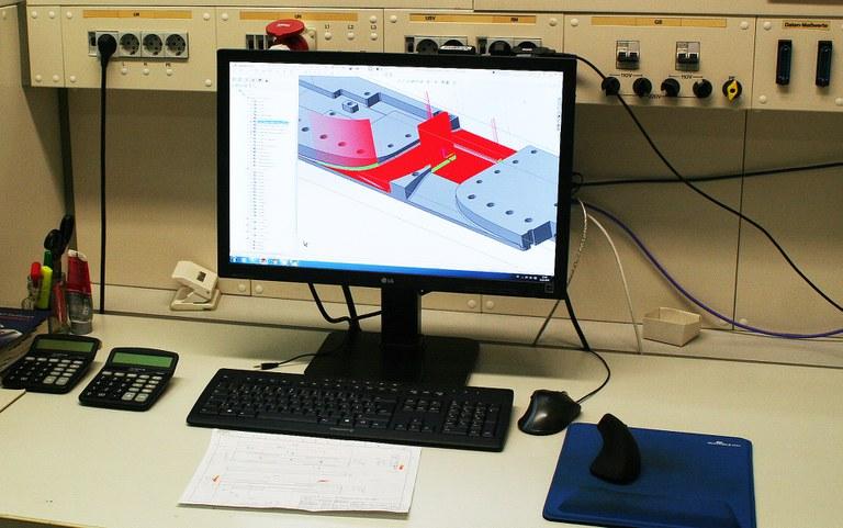 WZL_CAD_Arbeitsplatz_400.jpg