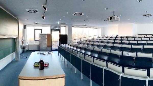 Untersuchungen zur Lüftungssituation in einem Kopfhörsaal des Geb. 033 an der Universität der Bundeswehr München