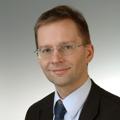 Univ.-Prof. Dr.-Ing. Felix Huber