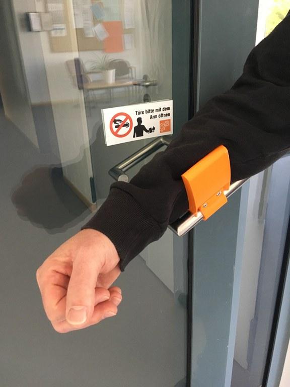 Türöffner mit Arm