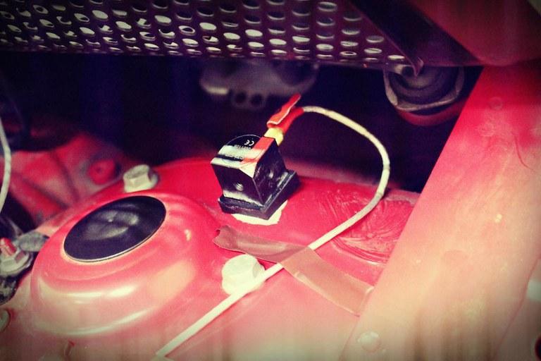 beschleunigungsaufnehmer-im-fahrzeug.jpg