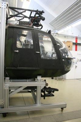 bo105-cockpit_kl.jpg