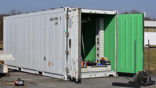 Container für den Glasbruch Test