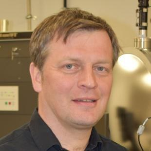 Univ.-Prof. Dr. rer. nat. Georg Düsberg