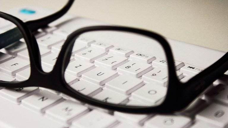 glasses_keyboard.jpg