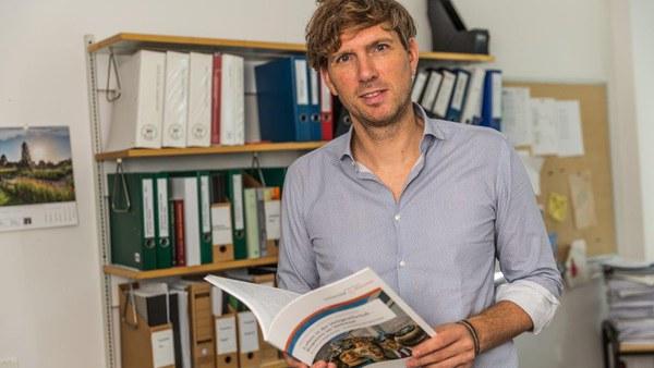 Prof. Dr. Stephan Stetter