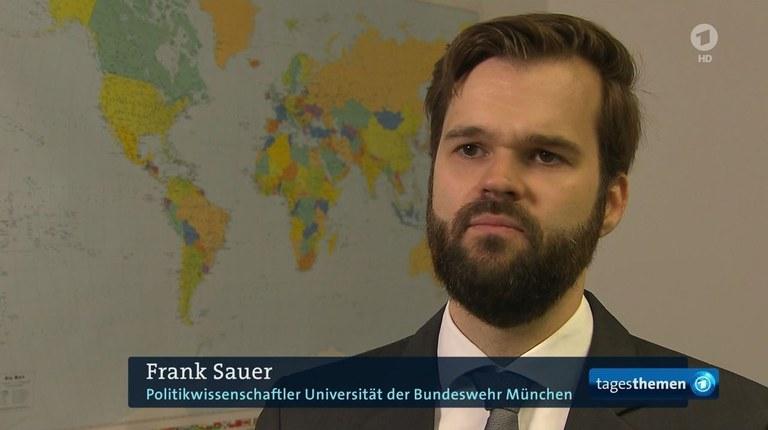 Dr. Frank Sauer