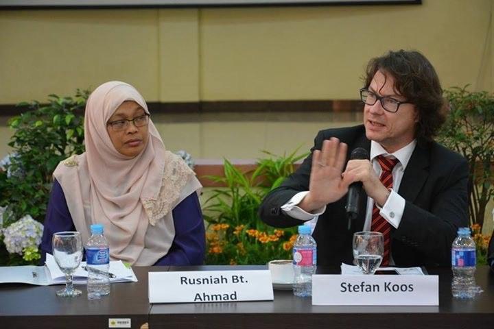 Int. Konf. BINUS/AFHI Antinomie im Recht - Bandung 2016 II