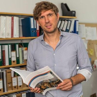 Prof. Dr. phil. Stephan Stetter