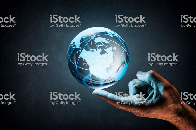 balancing-the-earth-on-finger-concept-world-environment-blackboard-picture-groß.jpg