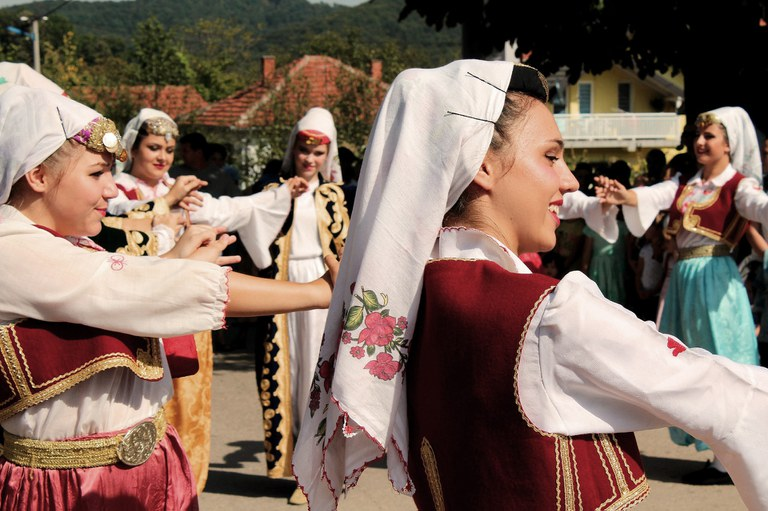 Traditioneller Bosnischer Tanz