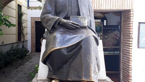 Statue of Maimonides, Córdoba