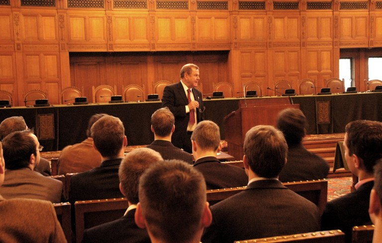 The Hague: Bruno Simma, judge at the ICJ