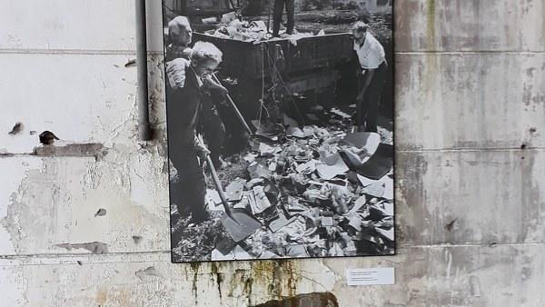 Ausstellung im Dutchbat Srebrenica 2