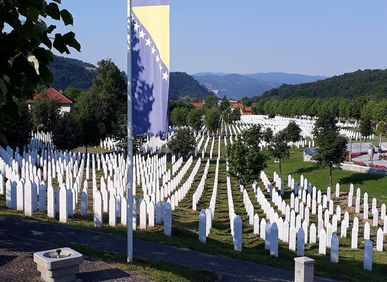 Grabsteine (Gedenkstätte Potocari)