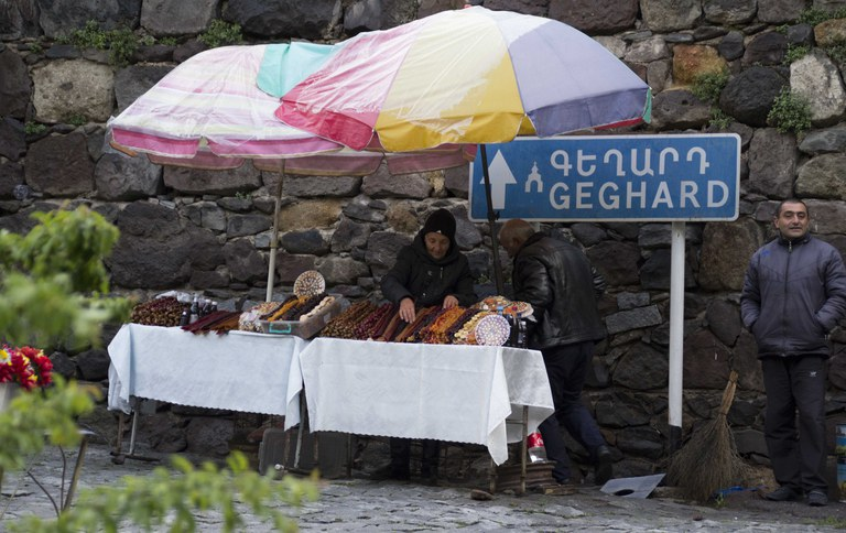 Stand mit armenischen Spezialitäten