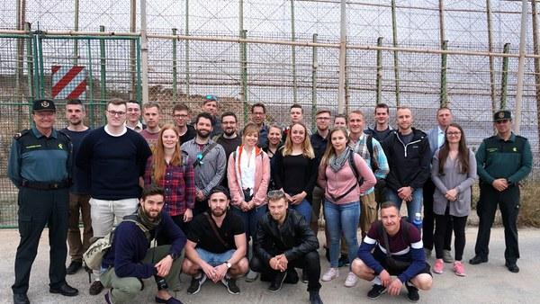 Gruppenfoto mit Guardia Civil