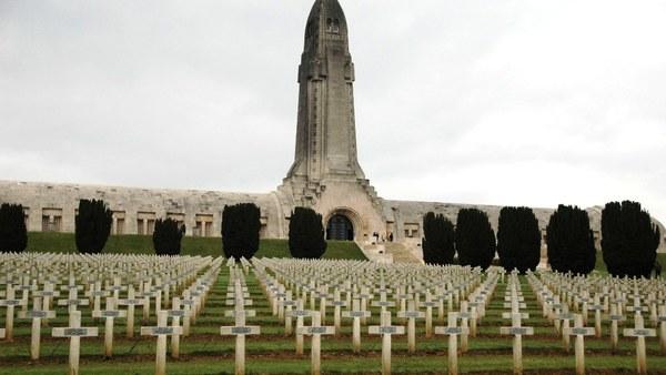 Verdun: Ossuaire (Beinhaus)