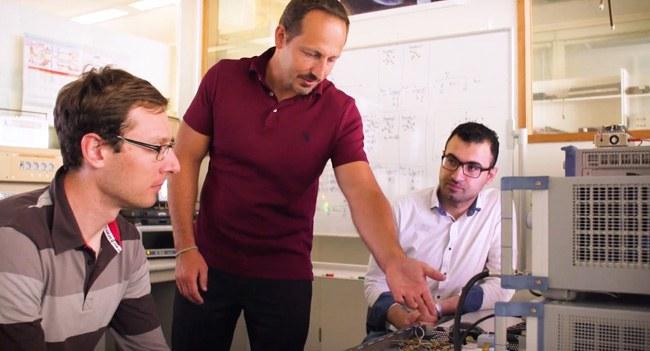 Technische Ausstattung der Labore für Satellitenkommunikation