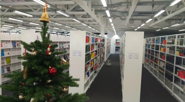 Die Universitätsbibliothek wünscht eine schöne Weihnachtszeit!