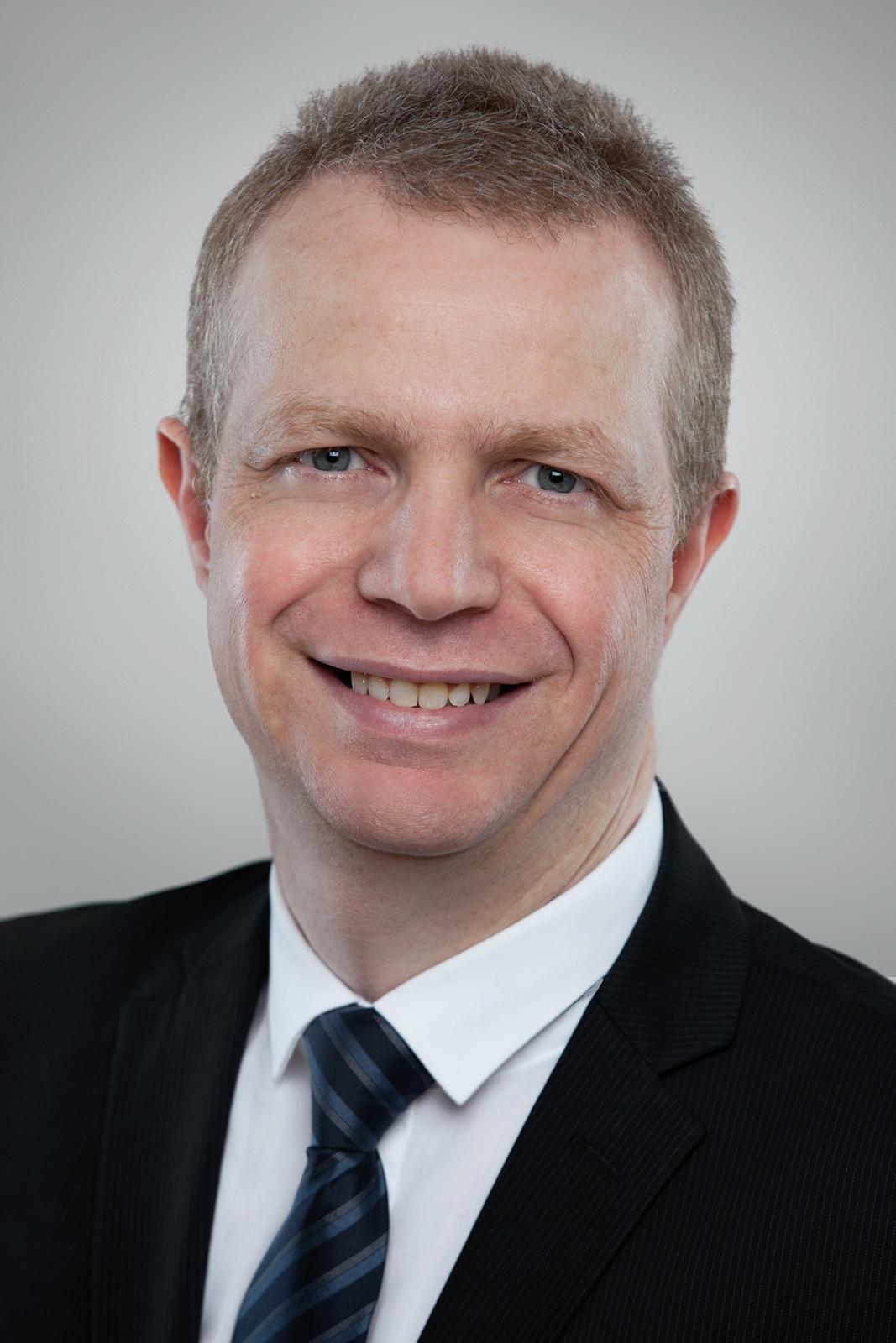 Prof. Dr. Arno Wacker