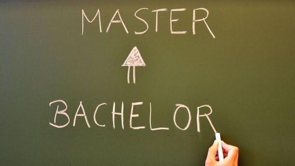 2007: Bachelor - Master